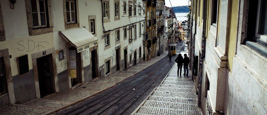 Descending street, Lisbon