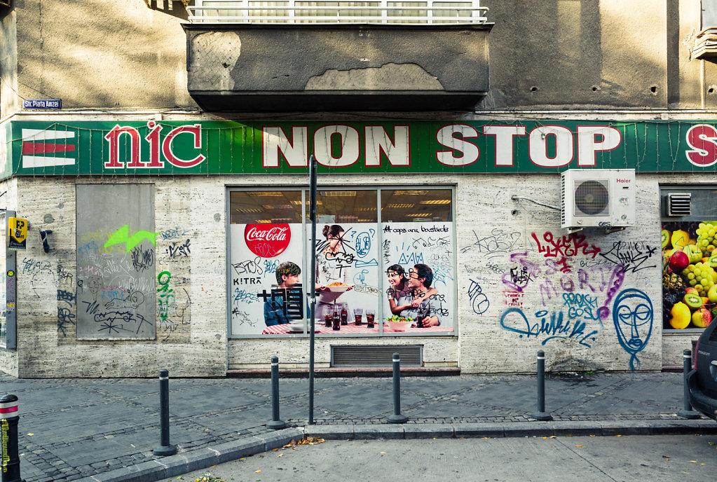 Non stop, Bucharest