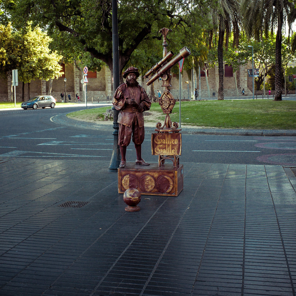 Street performer on Las Ramblas, Barcelona