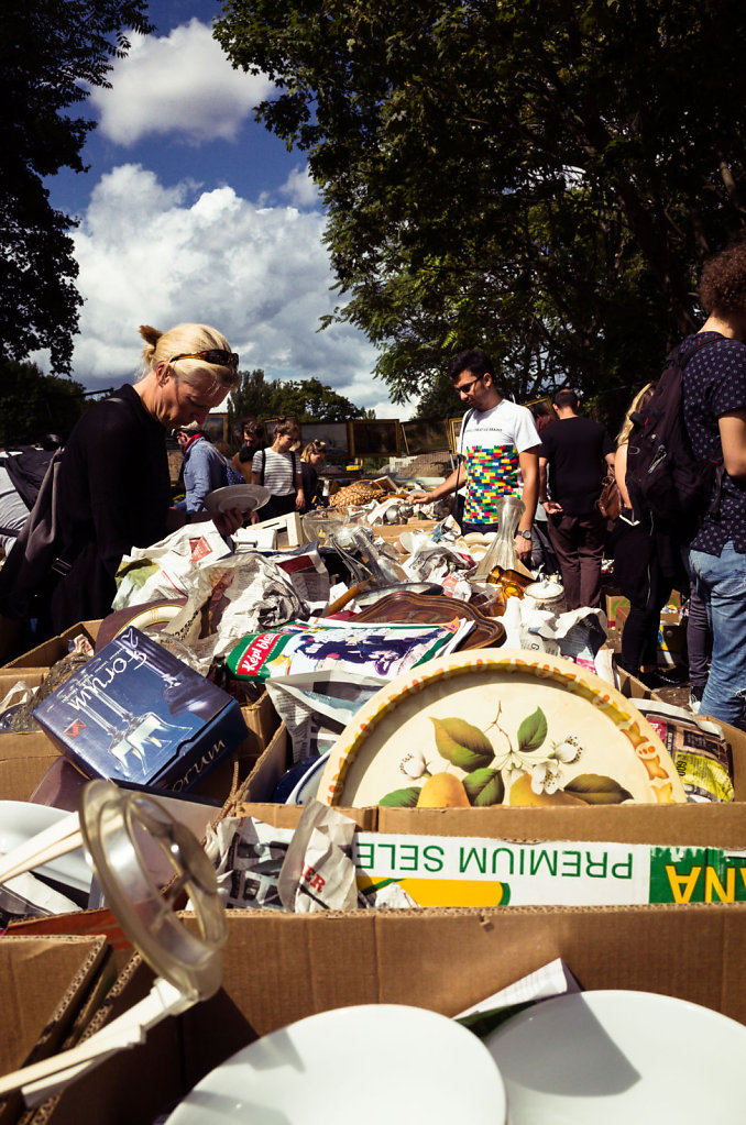 Flea market in Mauer Park