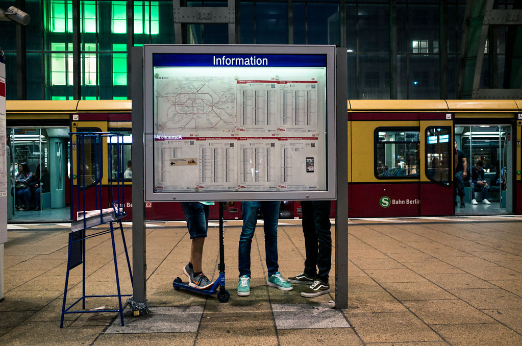 Information, Alexanderplatz, Berlin