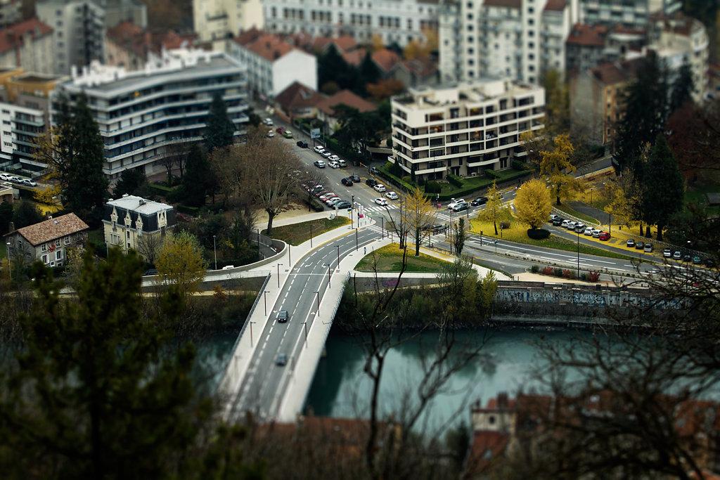 Grenoble mini 4/12