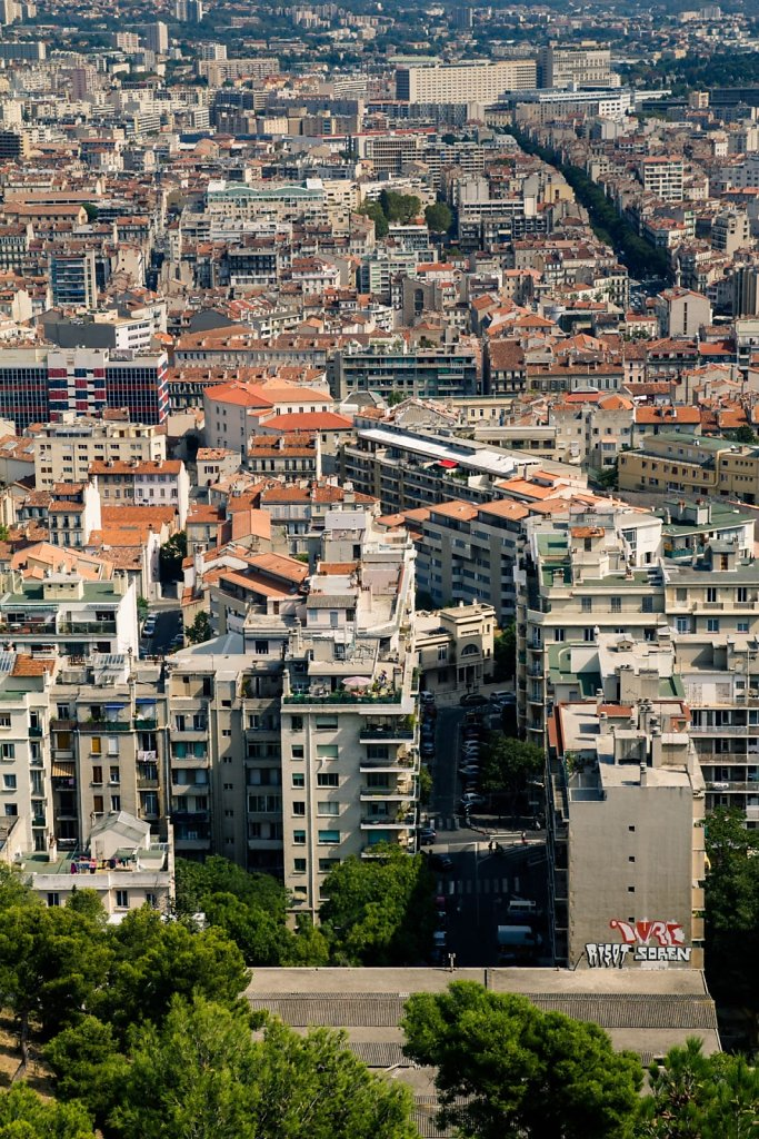 Les toits de Marseille, vertical