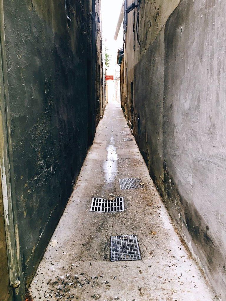 Gateway, Avignon