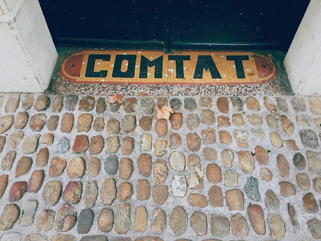 Comtat et pierres, Rue des Tenturiers, Avignon