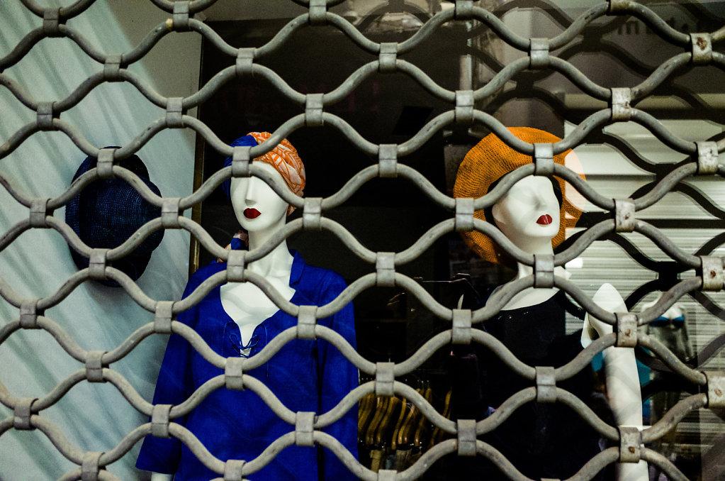 Captive kisses, Avignon