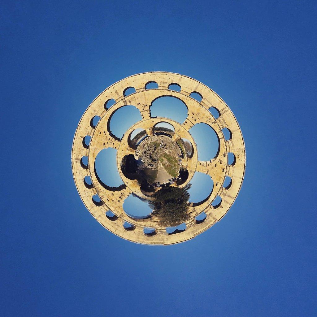 Pont-du-Gard-la-roue.jpg