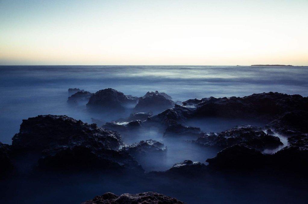 Fog on the rocks