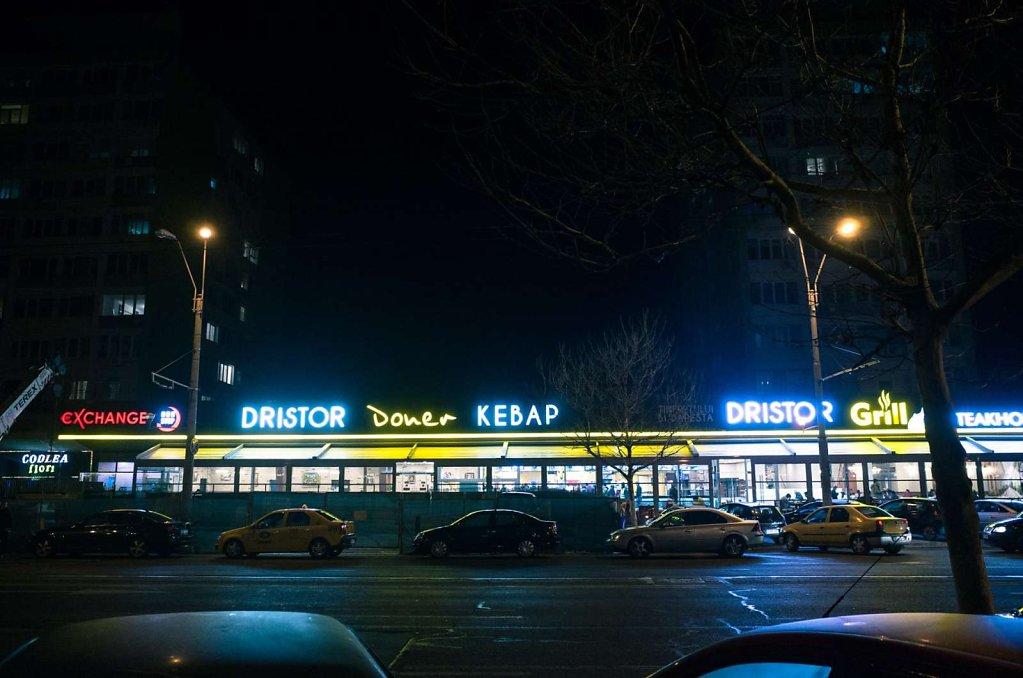 Night snacking, Bucharest