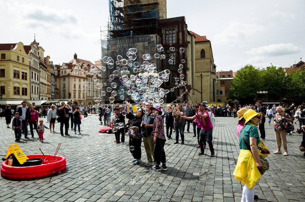 Bubbles, Prague