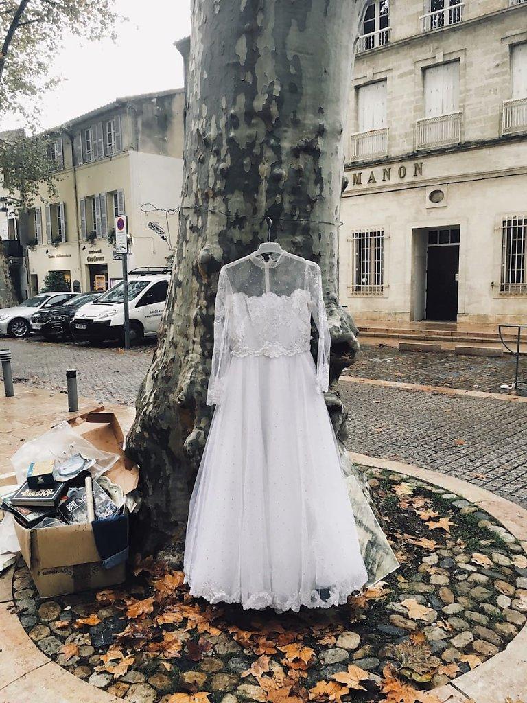 La robe a choisi, Avignon